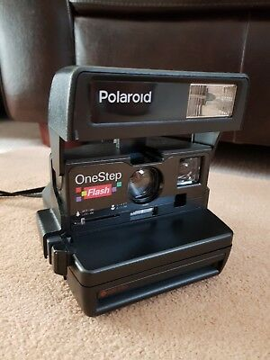 Polaroid One Step Flash Camera, Using 600 Film Great Condition with film