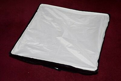 bowens softbox approx 57x57cm Buy now just £15 wow