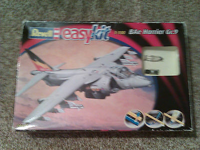 Revell  easy kit  1:100  BAe Harrier Gr.9