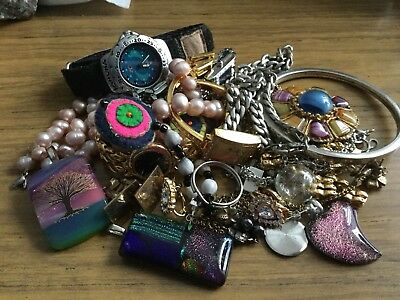 Large Mixed Lot Of Vintage & Antique Items & Jewellery Etc