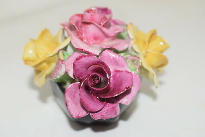 WADE  1930's Miniature Flower Posy with hexagonal  Black Base