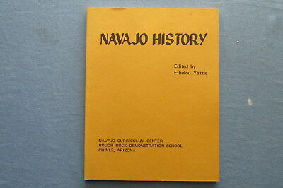 1971 NAVAJO INDIAN HISTORY Book by Ethelou Yazzie - GREAT ART Andy Tsihnahjinnie