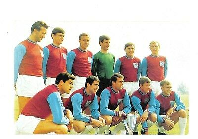 West Ham United. 1965. Top Cup Teams by the Hornet.