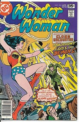 1978 Wonder Woman Issue #242 Dc Comic Book Bag/board Vintage Rare