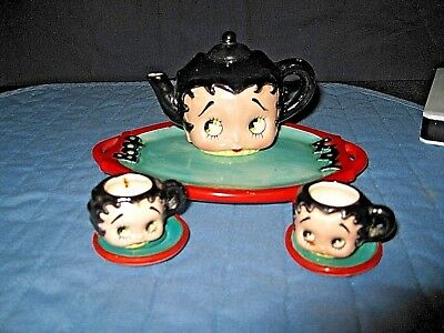 Vintage Betty Boop Child's Tea Set With Tray 2 Cups & Saucers & Teapot Adorable