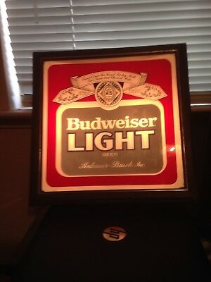 Vintage 1980's BUDWEISER LIGHT Beer Sign ..Working Lighted Saloon Sign