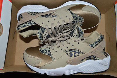 sports shoes e228b 60ec9 ... big sale 6472e bd267 New Nike Womens Air Huarache Run Running Shoes  Leopard Print 725076- ...