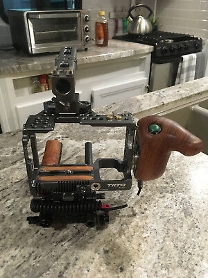 TILTA CAGE WITH ROSEWOOD HANDLES ES-T27 for Sony A6300/6500 RIG USED Excellent!