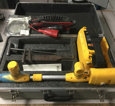 Vivax Metrotech VM-810 Pipe Cable Locator VM 810 with case unit