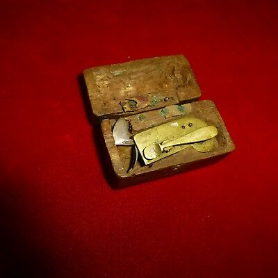 Rare Cased Antique Ca 1800 Blood Letting Tool Scarificator In Carved Wood Case