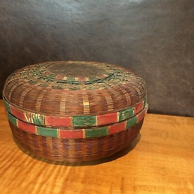 ANTIQUE / Vintage Hand Woven Red and Green Docorated Chinese Sewing Basket
