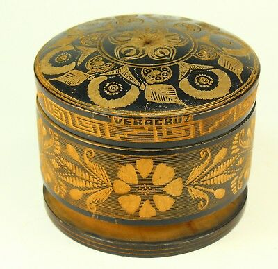! Vintage Veracruz 1930's Mexican Folk Art Box Round Engraved Wood Treenware
