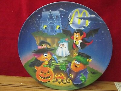 "1995 McDonald's Halloween Spooky Nuggets Collectible 9 1/4"" Plastic Plate Unused"