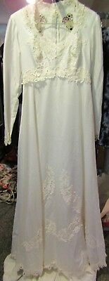 Vtg Victorian 4 6 Train Off White Ivory Satin Lace Wedding Gown Dress