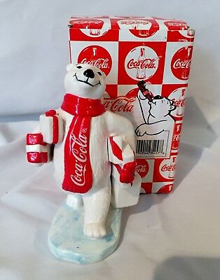 COCA COLA: Porcelain White Bear figurine 1997 Christmas Collection Carrying gift