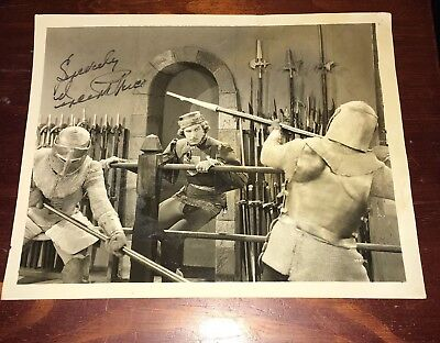 Vincent Price Horror Movie Old Vintage Picture Photograph Autographed Fencing