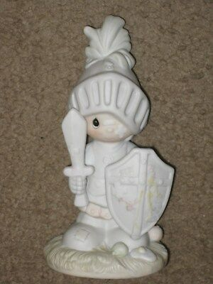"Precious Moments 1983 ""Onward Christian Soldiers"" Figurine Knight Armour   LN"