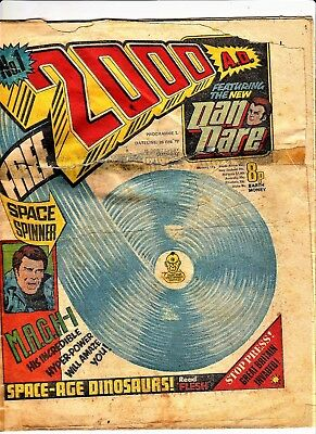 2000 AD # 1 February 26th 1977 programme prog one 1st new Dan Dare comic 2000ad