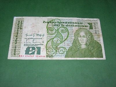 IRELAND 1986 1 POUND NOTE CIRCULATED P-70c.13