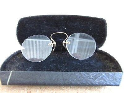 Pair of Vintage Antique Rimless Pince Nez Eye Glasses - Marked 921 - Spring Case