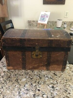 Vintage Antique Wood Dome Top Doll Steamer Trunk Box With Tray Toy Childs