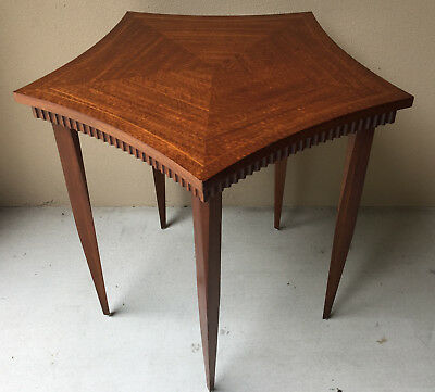 Henredon Modern 5-Sided Mahogany Accent/Side/End Table w/Figured Veneers