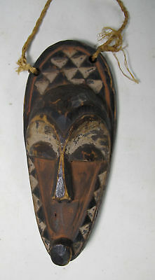 Vintage Miniature African Pende Tribe Hand Carved Wooden Passport Mask Zaire yqz