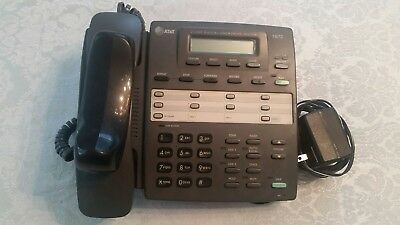 AT&T  1872    2 Line Answering System Telephone with 4 Mailboxes