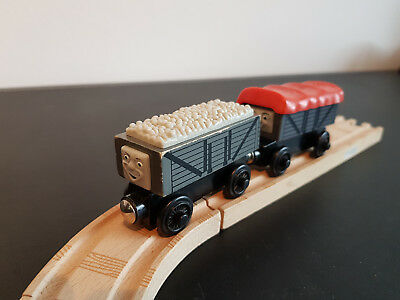 Thomas & Friends - Giggling Troublesome Trucks - 2 Waggons - Holzeisenbahn