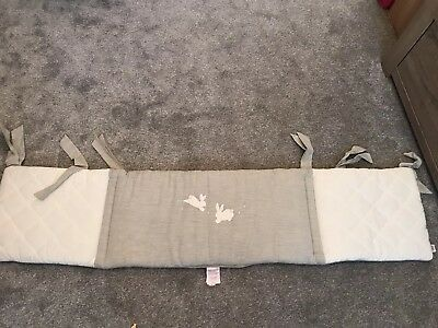 Mamas and Papas Welcome to the World Unisex Cotbed Bumper White & Grey