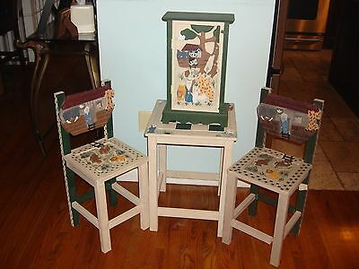 Noah's Ark  Decorator Table And Chairs With Matching Cabinet  Fantastic Set!!!!!