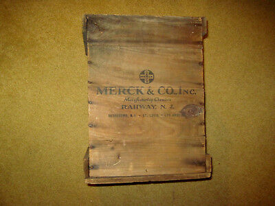Antique Merck & Co. Inc. Manufactring Chemists Rahway N.j.   Advertising Box