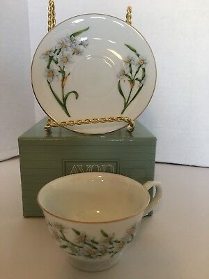 Avon Blossoms of the Month Cup & Saucer 1991 December Narcissus Set NEW