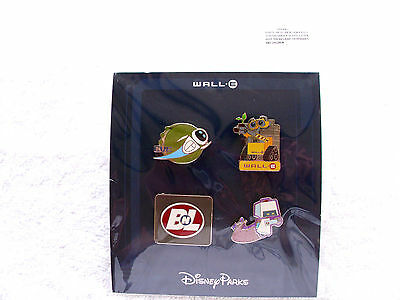 Disney * WALL-E * 4 pins New in Pack Booster Pin Set - Eve - BnL - Robot Sweeper