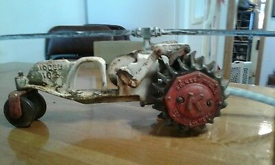 Old Vintage F. D. Kees Cast Iron Traveling Tractor Sprinkler Model 102 Gd.Cond