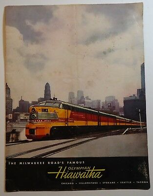 Milwaukee Road Railroad 1950 Hiawatha Brochure - Travel - Accommodations