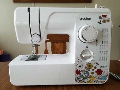 BROTHER JX40 LIGHTWEIGHT Full Size 40Stitch Sewing Machine W Adorable Brother 17 Stitch Sewing Machine