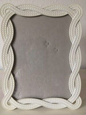 Nicole Miller Home Textured White Metal Picture Frame 5 X 7 Euc