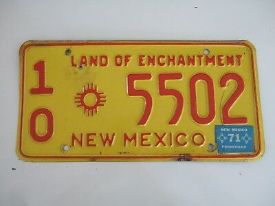 VINTAGE 1960s NEW MEXICO LICENSE PLATE  10 zia sun symbol 5502  RED ON YELLOW