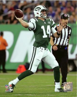 Sam Darnold Passing New York Jets Authentic Original 8x10 Action Photo