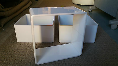 Custom Made White Perspex Shop Display Retail Point of Sale Cubes