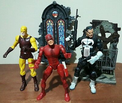 DAREDEVIL MARVEL LEGENDS ACTION FIGURE LOT punisher yellow red costume
