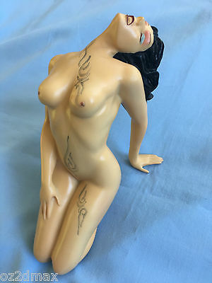 Rebellious Sultry Nude Girl Fine Art Nude Female Statue,nude Sculpture