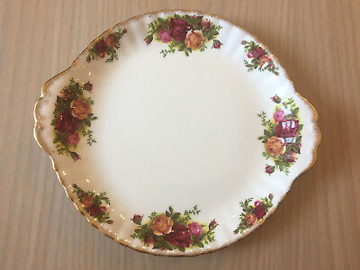 Royal Albert Old Country Roses Handled Cake / Sandwich Plate 1962-1973 2nd