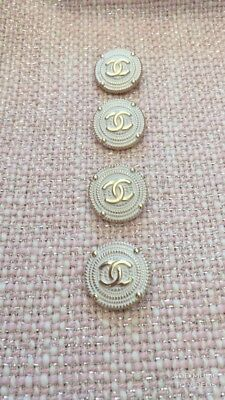 Buttons cc logo Chanel 5 Buttons