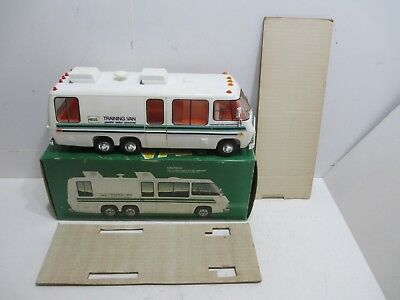 1980 HESS Training Van White in Box with Inserts  Lights Work