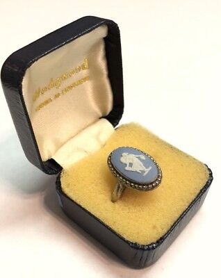 Vintage Silver Tone Wedgwood Made in England Ring Size 6.5 w/Box AS IS