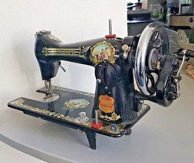 Vintage Manual Hand Crank Sewing Machine By London Sewing Machine Manufacturing