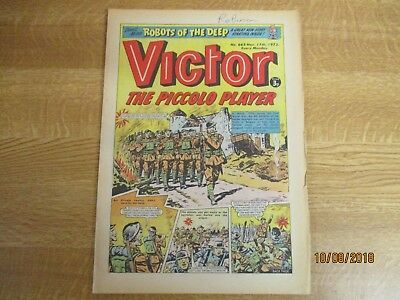 November 17th 1973, VICTOR, The Piccolo Player, Robots of the deep, Hammer Man.