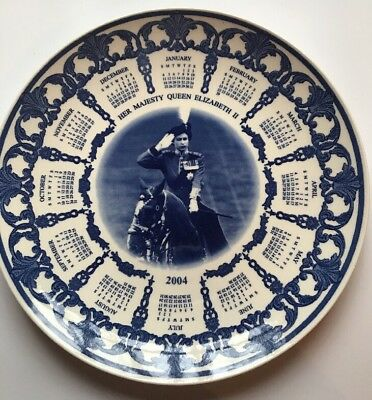 Wedgwood Queen's Ware Daily Mail Plate Her Majesty Queen Elizabeth II 2004
